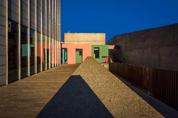 Tate Margate - Krijn de Koning's Dwelling in the background